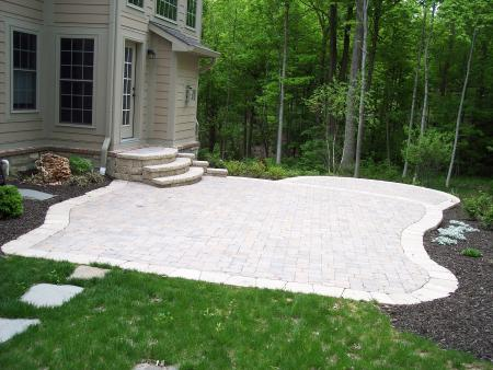 Two Level  Hessit Patio