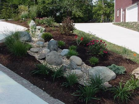 Dry creek bed with landscaping progressive lawnscaping for Dry garden designs