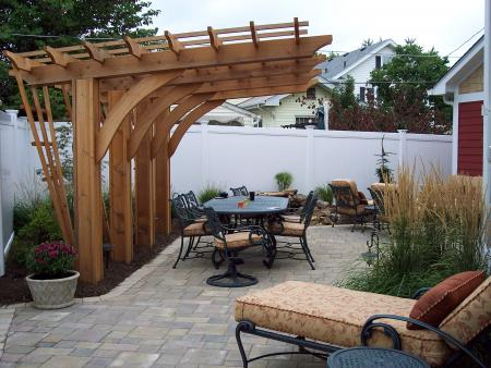 cantilevered pergola designs